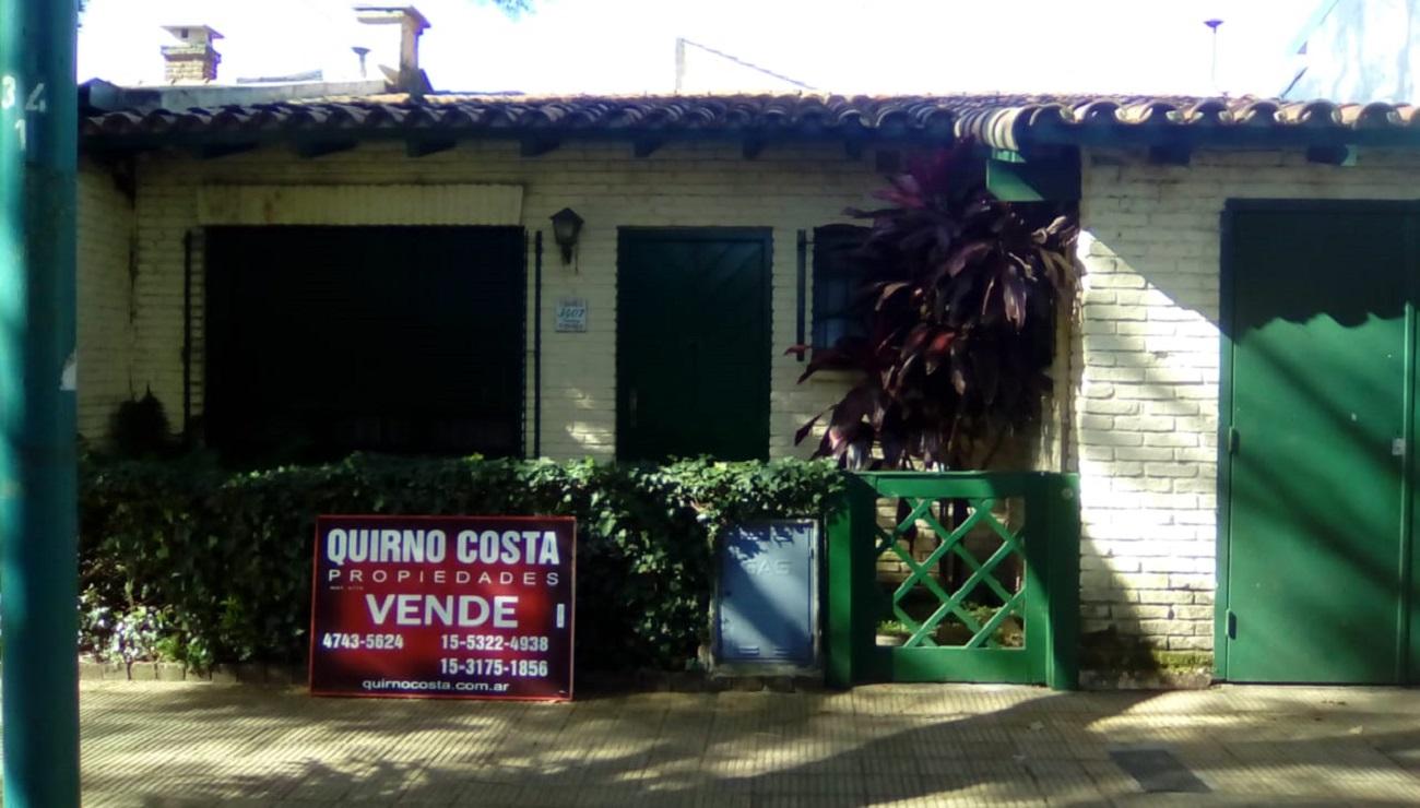 Casa en La Lucila. Venta. USD 285.000 OPORTUNIDAD!